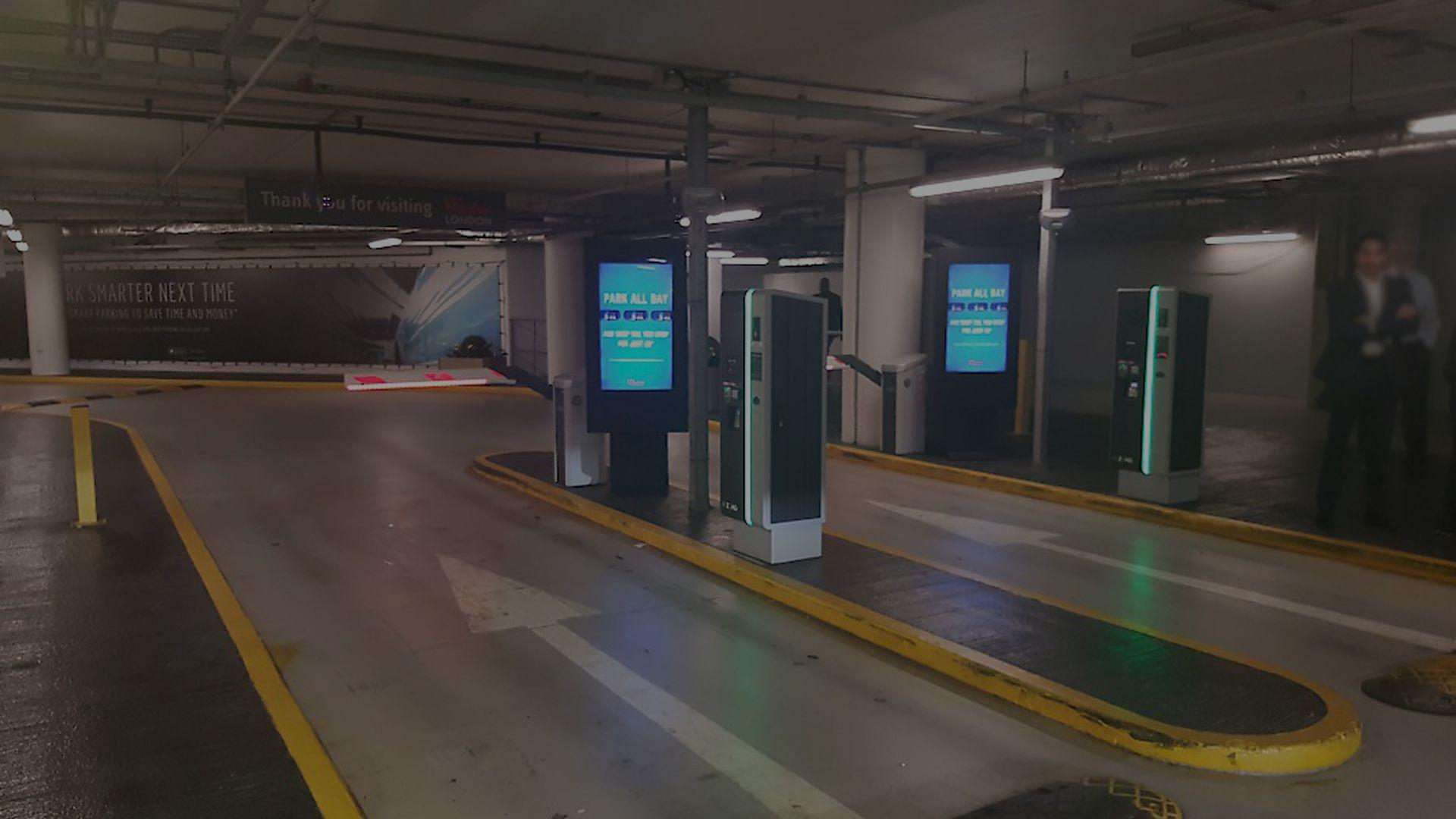 banner-hub-parking