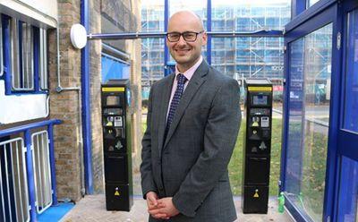 Sistem de parcare off-street pentru Crawley